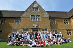 Staff and pupils mark their 350th Anniversary.